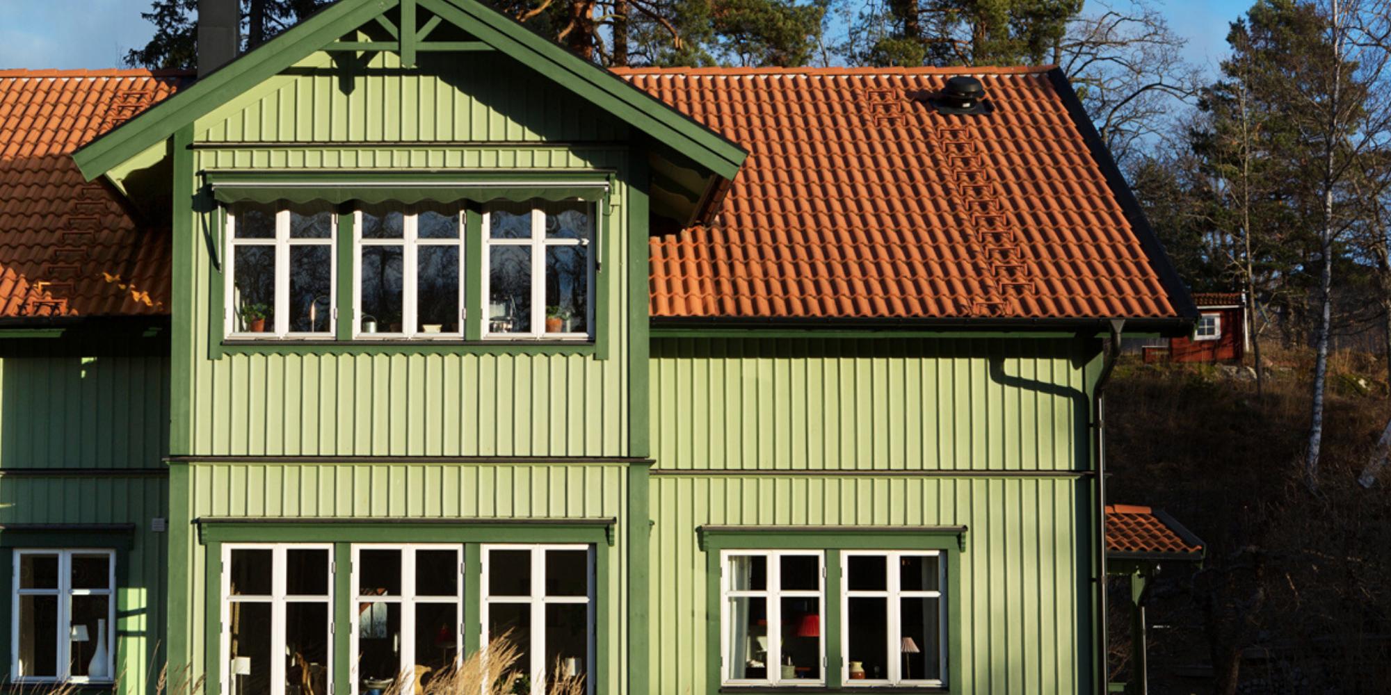 Vi gillar utomhusmiljö och trädgårdsarbete året runt i Nacka, Saltsjöbaden, Värmdö, Älta, och Tyresö. www.forvaltningsserviceab.se